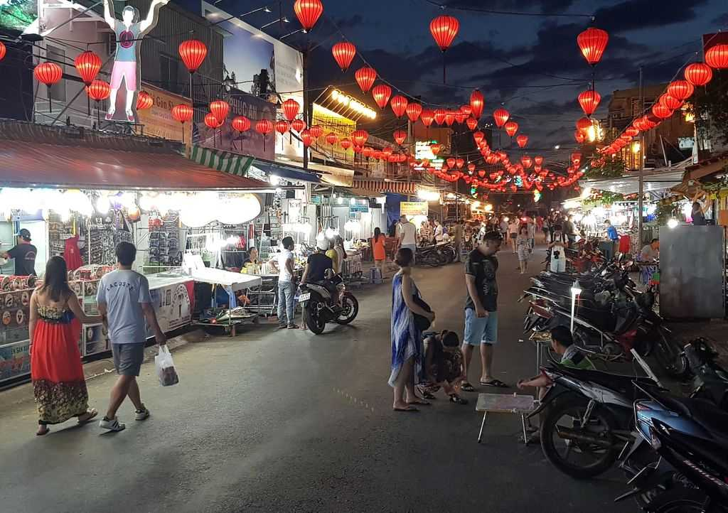 ночной рынок Фукуок