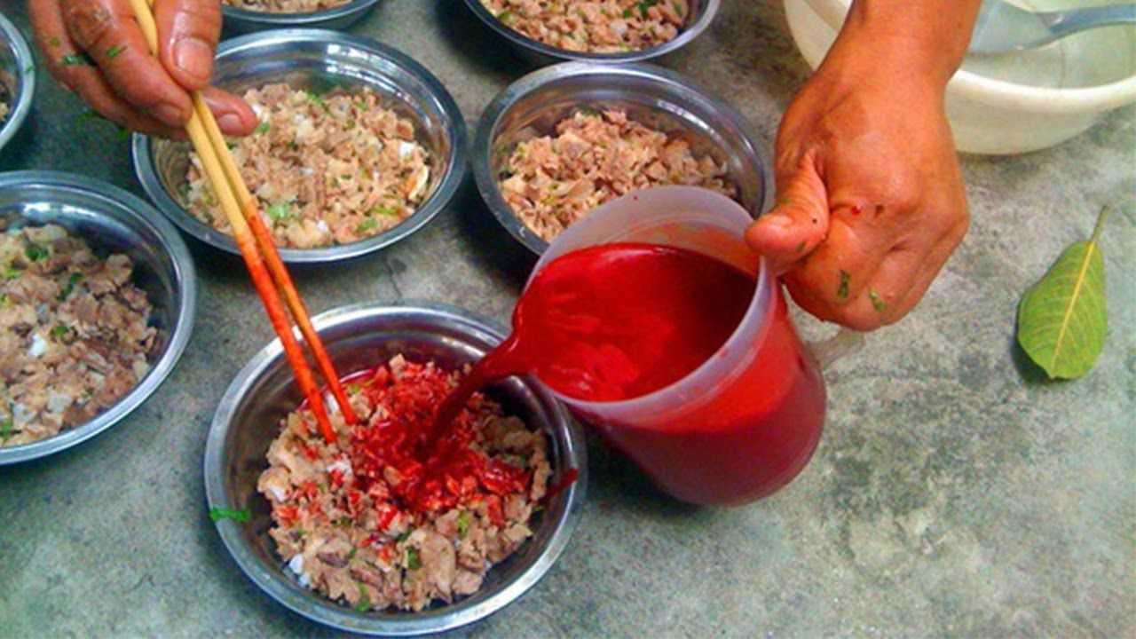 суп из утиной крови кухня вьетнама