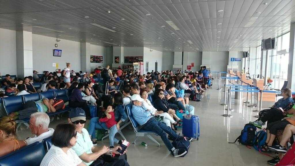 зал ожидания аэропорт фукуок