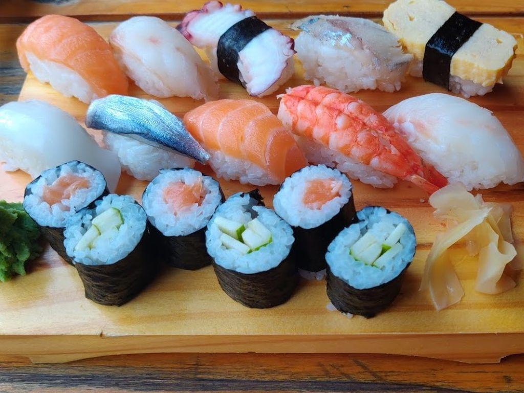где поесть суши на фукуоке
