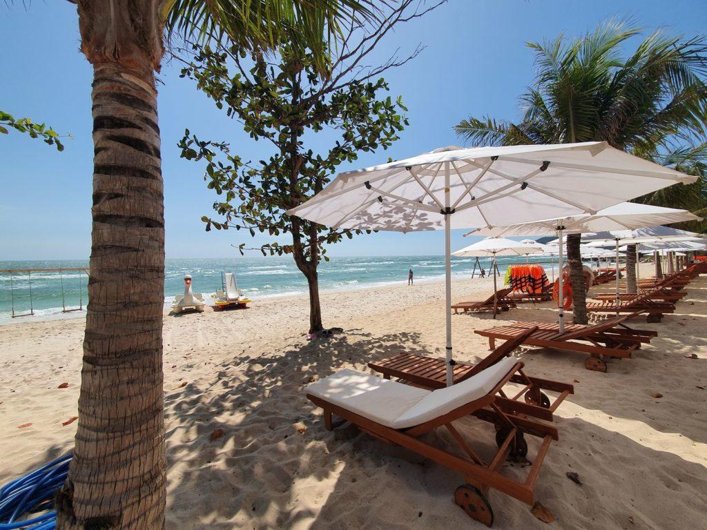 bai sao beach phu quoc vietnam
